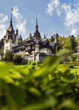 Потвърдена! СТРАНАТА НА ДРАКУЛА: Букурещ – Синая – замъка